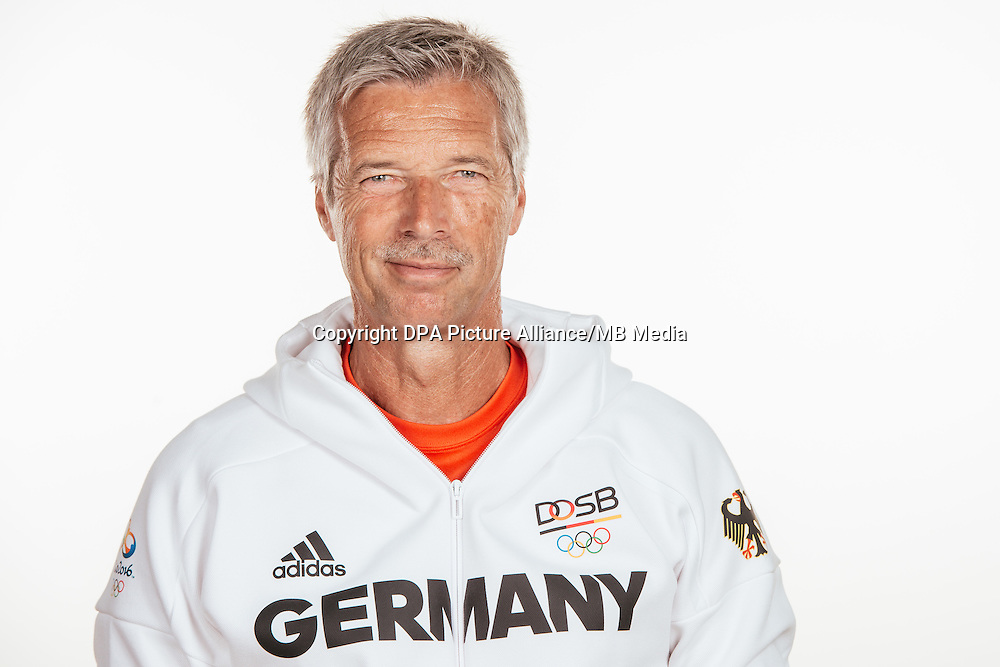 Volker Beck poses at a photocall during the preparations for the Olympic Games in Rio at the Emmich Cambrai Barracks in Hanover, Germany, taken on 22/07/16 | usage worldwide