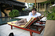 Matt Thorne, Preparing for the Le Prince Maurice Prize. Mauritius. 25 May 2006. ONE TIME USE ONLY - DO NOT ARCHIVE  © Copyright Photograph by Dafydd Jones 66 Stockwell Park Rd. London SW9 0DA Tel 020 7733 0108 www.dafjones.com