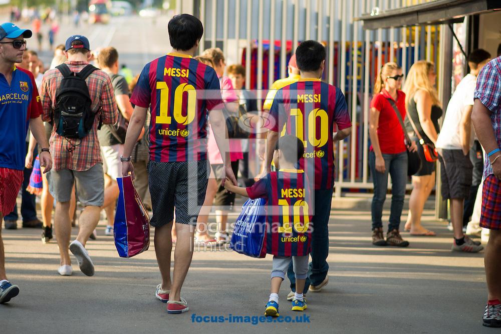 Picture by Cristian Trujillo/Focus Images Ltd +34 64958 5571<br /> 24/09/2013<br /> FC Barcelona fans during the La Liga match at Camp Nou, Barcelona.