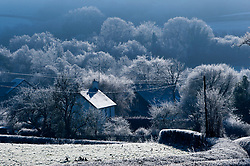 © Licensed to London News Pictures. 19/01/2020. Builth Wells, Powys, Wales, UK. A very cold wintry scene this morning near Builth Wells after temperatures dropped to minus 6C last night in Powys, Wales, UK. Photo credit: Graham M. Lawrence/LNP