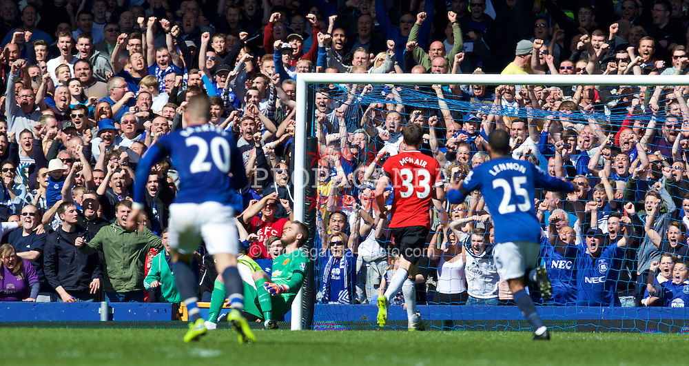LIVERPOOL, ENGLAND - Sunday, April 26, 2015: Manchester United's goalkeeper David de Gea is beaten as Everton score the third goal during the Premier League match at Goodison Park. (Pic by David Rawcliffe/Propaganda)