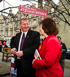 Pictured: Alex Rowley and Sarah Boyack<br /> <br /> Scottish Labour deputy leader Alex Rowley was joined by the party's environment spokeswoman Sarah Boyack and party activists at a farmers' market in the Grassmarket, Edinburgh today. <br /> <br /> Ger Harley | EEm 1 April 2016