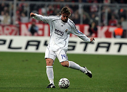 Munich, Germany - Wednesday, March 7, 2007: Real Madrid's Guti in action against Bayern Munich during the UEFA Champions League First Knock-out Round 2nd Leg at the Allianz Arena. (Pic by Christian Kolb/Propaganda/Hochzwei) +++UK SALES ONLY+++