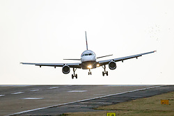 © Licensed to London News Pictures. 01/02/2020. Leeds UK. A British Airways aircraft struggles to land in strong winds at Leeds Bradford airport today. Photo credit: Andrew McCaren/LNP
