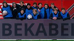 23-11-2019 NED: FC Utrecht - AZ Alkmaar, Utrecht<br /> Round 14 / vv Maarssen O15-1, ballkids
