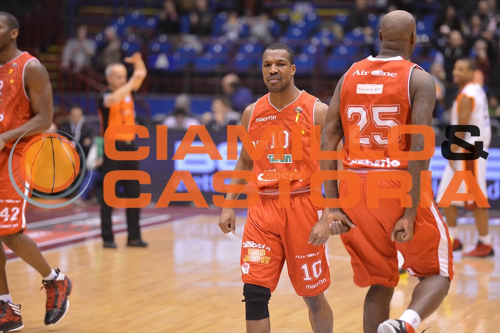DESCRIZIONE : Milano Coppa Italia Final Eight 2013 semifinale Cimberio Varese Acea Roma<br /> GIOCATORE : Mike Green<br /> CATEGORIA : esultanza<br /> SQUADRA : Cimberio Varese<br /> EVENTO : Beko Coppa Italia Final Eight 2013<br /> GARA : Cimberio Varese Acea Roma<br /> DATA : 09/02/2013<br /> SPORT : Pallacanestro<br /> AUTORE : Agenzia Ciamillo-Castoria/GiulioCiamillo<br /> Galleria : Lega Basket Final Eight Coppa Italia 2013<br /> Fotonotizia : Milano Coppa Italia Final Eight 2013 semifinale Cimberio Varese Acea Roma<br /> Predefinita :