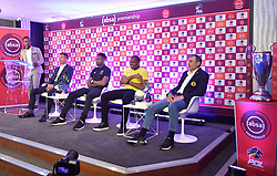 South Africa: Johannesburg: Sports Anchor Andile Ncube, Orlando Pirates coach Milutin Sredojevic, captain Happy Jele, Kaizer Chiefs Captain Itumeleng Khune and Chiefs coach Giovanni Solinas, poses photographs at the PLS officers in Parktown, after addressing members of the media on the much anticipated Soweto Derby on Saturday when Orlando Pirates host rivals Kaizer Chiefs for Absa Premiership match at FNB Stadium.<br />