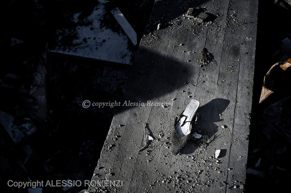 Gaza City: Remains of one house targeted by Israeli airstikes. November 18, 2012. ALESSIO ROMENZI