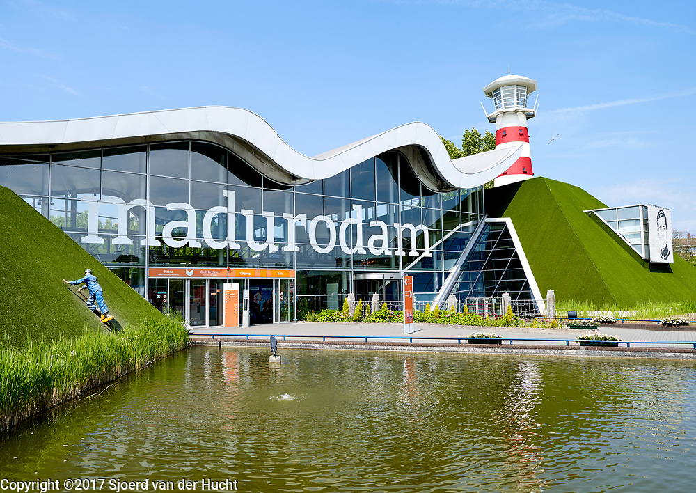 Madurodam, a miniature park and tourist attraction in the Scheveningen district of The Hague in the Netherlands - Madurodam, een Nederlandse miniatuurstad in Den Haag