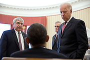 02.APRIL.2013. WASHINGTON D.C.<br /> <br /> PRESIDENT BARACK OBAMA TALKS WITH, FROM LEFT, PETE ROUSE, COUNSELOR TO THE PRESIDENT, CHIEF OF STAFF DENIS MCDONOUGH, AND VICE PRESIDENT JOE BIDEN IN THE OVAL OFFICE, APRIL 2, 2013.<br /> <br /> BYLINE: EDBIMAGEARCHIVE.CO.UK<br /> <br /> *THIS IMAGE IS STRICTLY FOR UK NEWSPAPERS AND MAGAZINES ONLY*<br /> *FOR WORLD WIDE SALES AND WEB USE PLEASE CONTACT EDBIMAGEARCHIVE - 0208 954 5968*