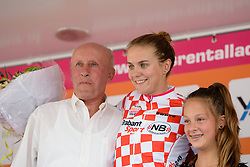 Winanda Spoor (Lensworld Zannata) retains the sprint jersey at the 123 km Stage 3 of the Boels Ladies Tour 2016 on 1st September 2016 in Sittard Geleen, Netherlands. (Photo by Sean Robinson/Velofocus).