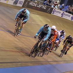 30-12-2017: Wielrennen: NK Baan: Alkmaar <br />Mathijs Buchli pakt de titel op de scratch voor Jeffrey Hoogland en Roy van den Berg