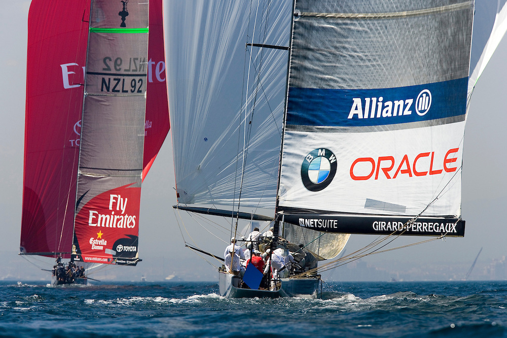 Valencia, SPAIN, Louis Vuitton Cup 2007, Round Robin 2, Flight 11. Emirates Team New Zealand (NZL) lead BMW Oracle Racing (USA) under spinnaker and go on to win the match, taking 1st position in the overall Round Robin rankings.