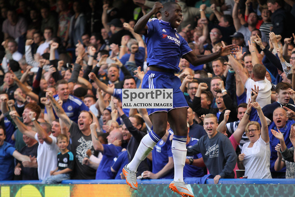 Kurt Zouma jumps with Joy against Arsenal