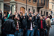 Roma 29 Dicembre 2011.Manifestazione dei Kurdi davanti all'ambasciata Turca per protestare contro  il bombardamento che aerei da guerra turchi hanno effettuato nel  villaggio kurdo e massacrato 40 bambini e giovani a Sirnak, nel sud-est turco..Rome, December 29, 2011.Manifestation of the Kurds, in front of the embassy of Turkey to protest the bombing that Turkish warplanes have carried out in the Kurdish village and massacred 40 children and young people in Sirnak in the south-east turkish.