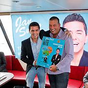 NLD/Volendam/20111027- Persconferentie 15 Jaar Jan Smit, jan met zijn chauffeur Ome Cor