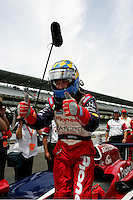 Kenny Brack qualifies at the Indianapolis Motor Speedway, Indianapolis 500, May 29, 2005