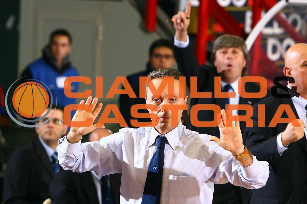 DESCRIZIONE : Napoli Lega A1 2006-07 Eldo Napoli Armani Jeans Milano<br /> GIOCATORE : Bucchi<br /> SQUADRA : Eldo Napoli<br /> EVENTO : Campionato Lega A1 2006-2007 <br /> GARA : Eldo Napoli Armani Jeans Milano<br /> DATA : 14/01/2007 <br /> CATEGORIA :<br /> SPORT : Pallacanestro <br /> AUTORE : Agenzia Ciamillo-Castoria/E.Castoria