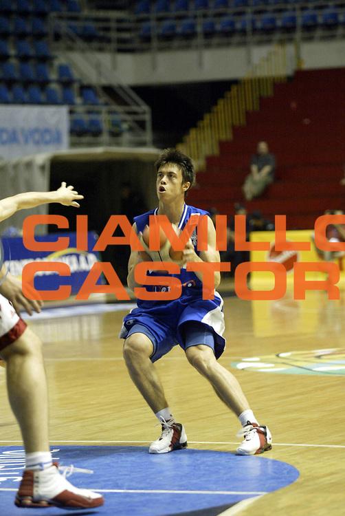 DESCRIZIONE : Belgrado Campionato Europeo Maschile Under 18 <br /> GIOCATORE : Piazza <br /> SQUADRA : Italia Under 18 <br /> EVENTO : Campionato Europeo Maschile Under 18 <br /> GARA : Italia Spagna <br /> DATA : 24/07/2005 <br /> CATEGORIA : <br /> SPORT : Pallacanestro <br /> AUTORE : Agenzia Ciamillo-Castoria