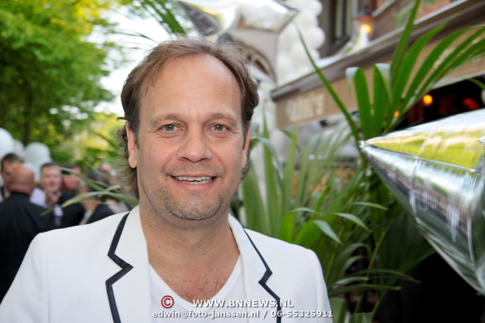 NLD/Bergen/20110502 - Cd presentatie Gerard Joling, Carlo Boszhard