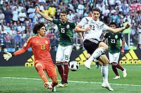 v.l. Torwart Guillermo Ochoa, Hector Moreno (Mexiko), Mario Gomez (Deutschland)<br /> Moskau, 17.06.2018, FIFA Fussball WM 2018 in Russland, Vorrunde, Deutschland - Mexiko 0:1<br /> Tysland - Mexico<br /> Norway only