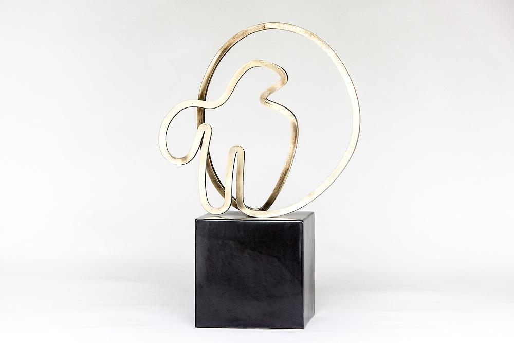 Gidon Bing sculpture. September 2016 Photo:Gareth Cooke/Subzero Images
