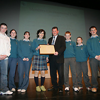 Members of Environmental Club  being presenteded with their Young Citizen Award by Cllr Pat Hayes, Cathoirleach of Clare County Development Board in Glor<br /> Pic.Brian Gavin/Press 22