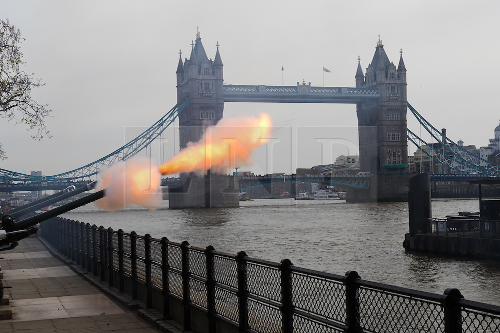 © Licensed to London News Pictures. 21/04/2016. London, UK. The Honourable Artillery Company (HAC) fire a 62 round gun salute at The Tower of London, near Tower Bridge to mark the 90th birthday of Great Britain's Queen Elizabeth II. A Royal Salute normally comprises 21 guns, but is increased to 41 if fired from a Royal Park or Residence and uniquely, at The Tower of London, a total of 62rounds are fired on Royal anniversaries, including an additional 21 guns for the citizens of the City of London to show loyalty to the Monarch.  Photo credit : Vickie Flores/LNP