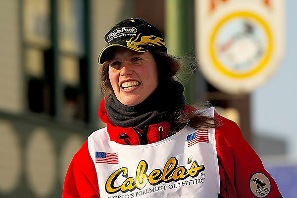 04 March 2006: Anchorage, Alaska - Aliy Zirkle (26) of Two Rivers, AK heads down 4th Avenue looking to improve on her 11th place finish in the 2005 Iditarod during the Ceremonial Start in downtown Anchorage of the 2006 Iditarod Sled Dog Race