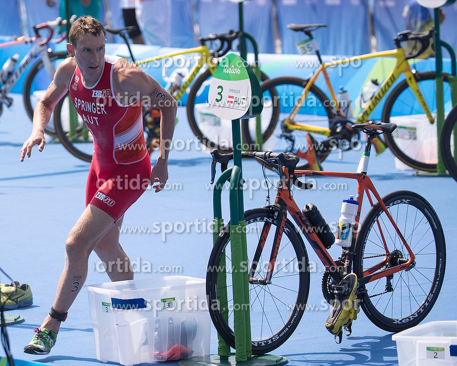 18.08.2016, Fort Copacabana, Rio de Janeiro, BRA, Rio 2016, Olympische Sommerspiele, Triathlon, Herren, im Bild Thomas Springer (AUT) // Thomas Springer of Austria during the Mens Triathlon of the Rio 2016 Olympic Summer Games at the Fort Copacabana in Rio de Janeiro, Brazil on 2016/08/18. EXPA Pictures © 2016, PhotoCredit: EXPA/ Johann Groder