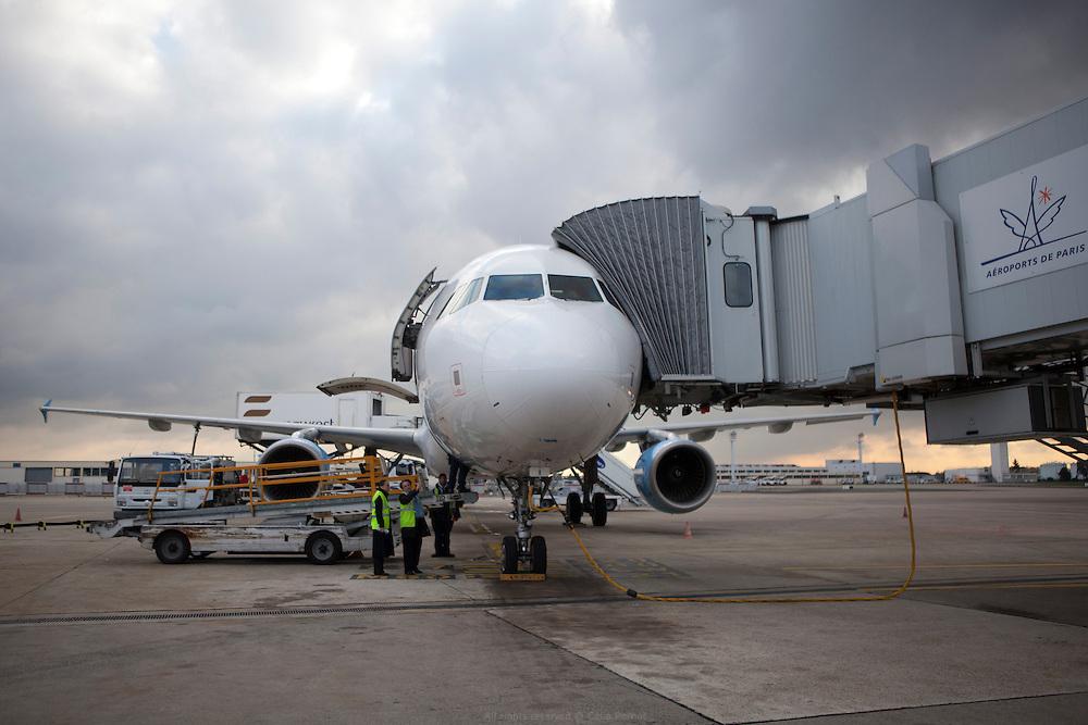 aéroport de paris orly - préparation de l'embarquement groupe WFS
