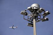 Der Flughafen Zürich - Unique Airport ist der grösste Flughafen der Schweiz und das wichtigste Drehkreuz dere helvetischen Luftfahrt. Täglich werden hier mehrere hunderte Flüge abgewickelt.  Check-in, Terasse. © Romano P. Riedo ..