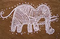 Inde - Rajasthan - Village des environs de Tonk - Peinture murale represantant un éléphant