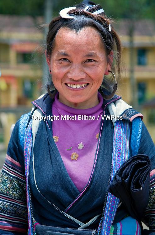 black hmong ethnic woman.<br /> Sapa, Lao Cai province, Vietnam.