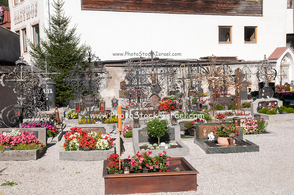 Cemetery in the church grounds, Zell am Ziller, Tyrol, Austria