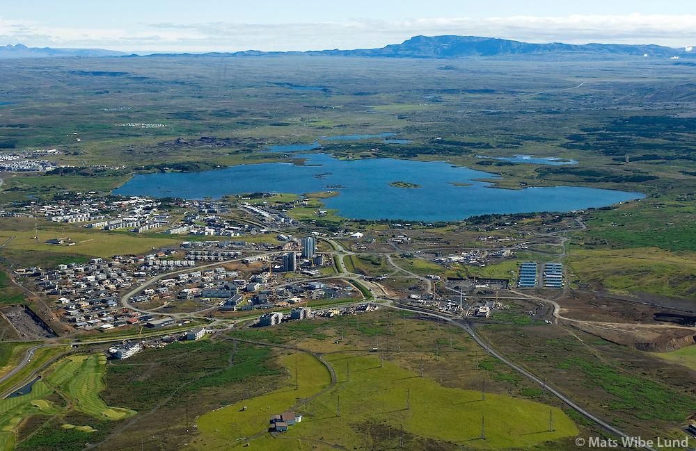 Vatnsendi og Hvarf séð til austurs, Kópavogur. Elliðavatn / Vatnsendi and Hvarf viewing east, Kopavogur.Lake Ellidavatn.