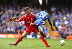 CARDIFF, WALES - SUNDAY, AUGUST 13th, 2006: Liverpool's Xabi Alonso and Chelsea's Shaun Wright-Phillips during the Community Shield match at the Millennium Stadium. (Pic by David Rawcliffe/Propaganda)