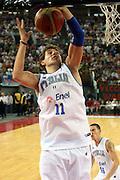 DESCRIZIONE : Roma Amichevole preparazione Eurobasket 2007 Italia Grecia <br /> GIOCATORE : Stefano Mancinelli<br /> SQUADRA : Nazionale Italia Uomini <br /> EVENTO : Amichevole preparazione Eurobasket 2007 Italia Grecia <br /> GARA : Italia Grecia <br /> DATA : 30/08/2007 <br /> CATEGORIA : Rimbalzo<br /> SPORT : Pallacanestro<br /> AUTORE : Agenzia Ciamillo-Castoria/G.Ciamillo