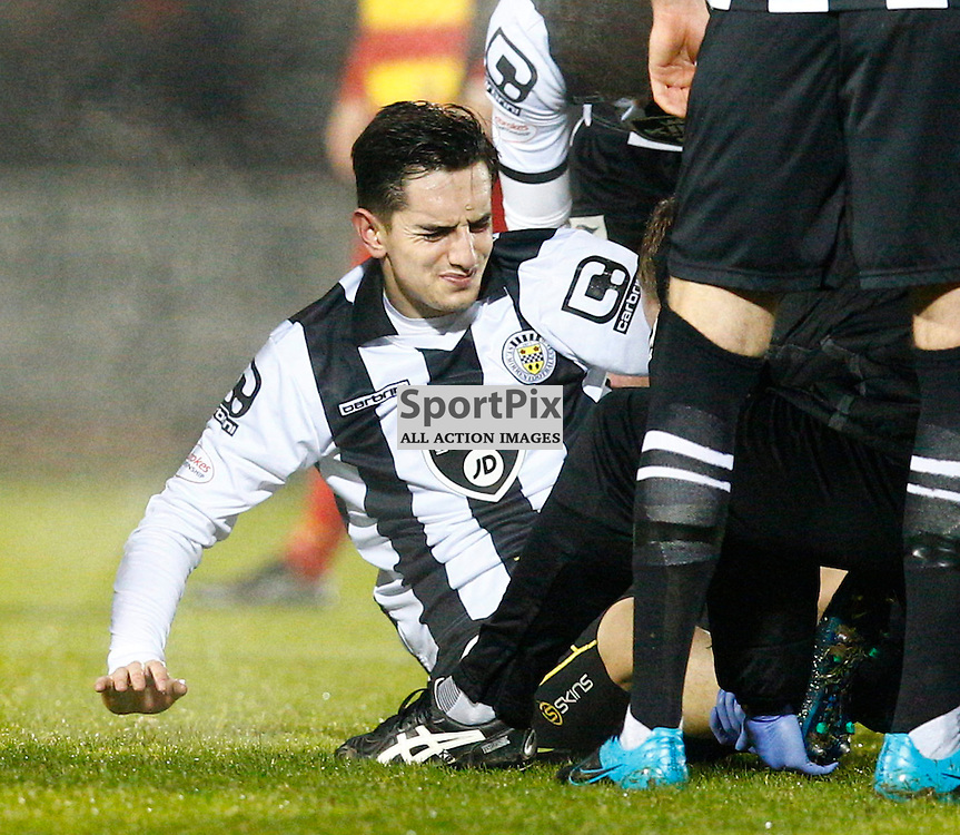St.Mirren v Partick Thistle, Scottish Cup 4th round...Stuart Carswell  leaves the field following an injury......(c) STEPHEN LAWSON | SportPix.org.uk
