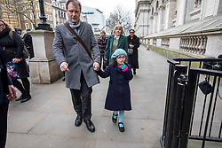 © Licensed to London News Pictures. 22/01/2020. London, UK. Richard Ratcliffe with his daughter Gabriella arrive at the gates of Downing Street to meet the Prime Minister Boris Johnson. They are meeting Boris Johnson for further discussion on the plight of his wife Nazani Zaghari-Ratcliffe who remains in prison in Iran. Nazani a dual-national British-Iranian, has been in detention in Tehran since her arrest on 3 April 2016. Photo credit: Alex Lentati/LNP