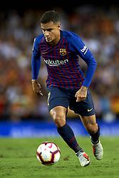 October 8, 2018 - Valencia, Valencia, Spain - Coutinho controls the ball during the week 8 of La Liga match between Valencia CF and FC Barcelona at Mestalla Stadium in Valencia, Spain on October 7, 2018. (Credit Image: © Jose Breton/NurPhoto/ZUMA Press)