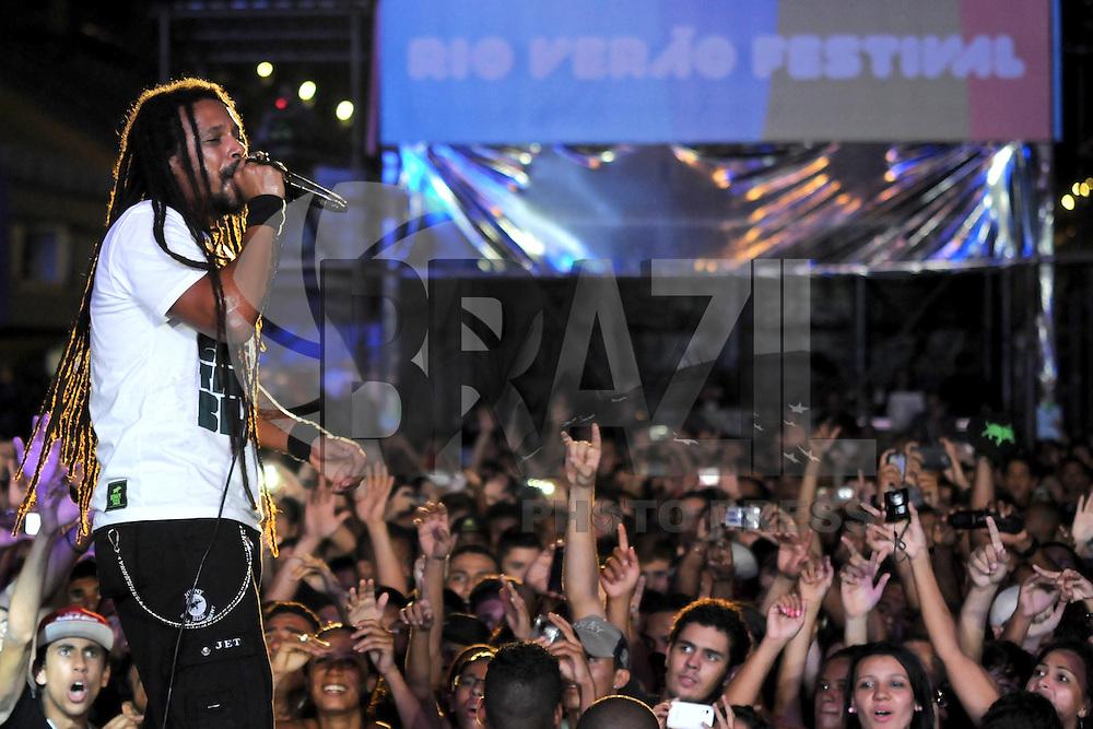 RIO DE JANEIRO, RJ, 17 MARÇO 2013 - RIO VERÃO FESTIVAL 2013 - O Rappa durante a segunda edição do Rio Verão Festival 2013 na Praça da Apoteose no Rio de Janeiro, neste sábado, 16. (FOTO: SANDRO VOX / BRAZIL PHOTO PRESS).