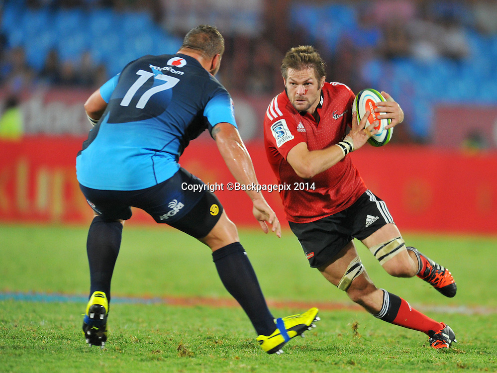 Richie McCaw of the Crusaders and Dean Greling of the Bulls during the 2015 Super Rugby rugby match between the Bulls and the Crusaders at the Loftus Versfeld Stadium in Pretoria, South Africa on March 28, 2015 ©Samuel Shivambu/BackpagePix