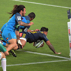 Malakai Fekitoa scores for the Highlanders during the Super Rugby match between the Blues and Highlanders at Eden Park in Auckland, New Zealand on Saturday, 11 March 2017. Photo: Dave Lintott / lintottphoto.co.nz