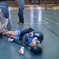 27-12-2017: Wielrennen: NK Baan: Alkmaar<br />Harry Lavreijsen uitgeteld na de derde rit op het NK sprint die hij verloor vam Mathijs Buchli