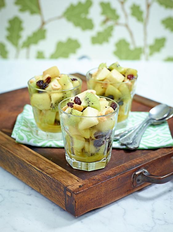 Motiv:Dessert P&auml;ron<br /> Recept: Katarina Carlgren<br /> Fotograf: Thomas Carlgren<br /> Anv&auml;ndningsr&auml;tt: Publ en g&aring;ng i Hembakat<br /> Annan publicering kontakta fotografen