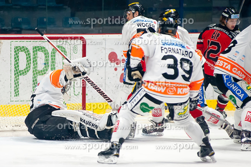 18.12.2015, Ice Rink, Znojmo, CZE, EBEL, HC Orli Znojmo vs Moser Medical Graz 99ers, 32. Runde, im Bild v.l. Thomas Honeckl (Graz 99ers) Daniel Woger (Graz 99ers) Matthew Kyle Fornataro (Graz 99ers) Radek Cip (HC Orli Znojmo) // during the Erste Bank Icehockey League 32nd round match between HC Orli Znojmo and Moser Medical Graz 99ers at the Ice Rink in Znojmo, Czech Republic on 2015/12/18. EXPA Pictures © 2015, PhotoCredit: EXPA/ Rostislav Pfeffer