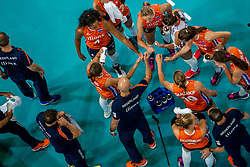09-07-2017 NED: World Grand Prix Netherlands - Japan, Apeldoorn<br /> Match five of first weekend of group C during the World Grand Prix. Netherlands lost in five sets from Japan / Time out Nederland item