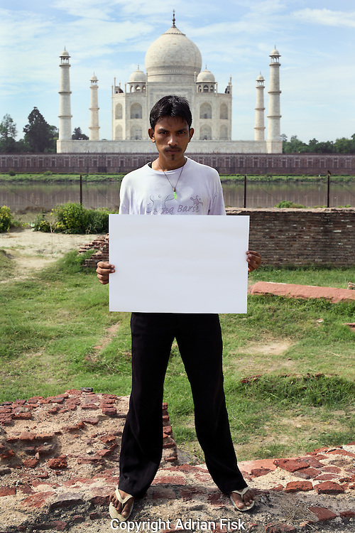 Shadid Ali Abbas - 17 yrs.Muslim.Agra, Uttar Pradesh.Unemployed .'The money is not coming to the poor'.