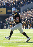November 10 2012: Iowa Hawkeyes tight end C.J. Fiedorowicz (86) pulls in a pass during the NCAA football game between the Purdue Boilermakers and the Iowa Hawkeyes at Kinnick Stadium in Iowa City, Iowa on Saturday, November 10, 2012. Purdue defeated Iowa 27-24.